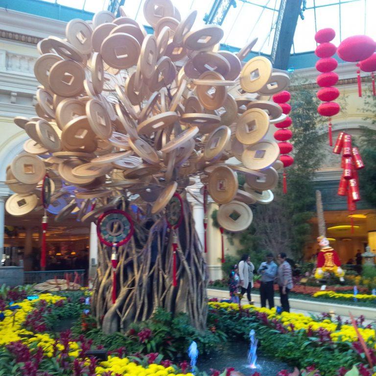 Chinese-New-Year-Money-Tree-at-Bellagio
